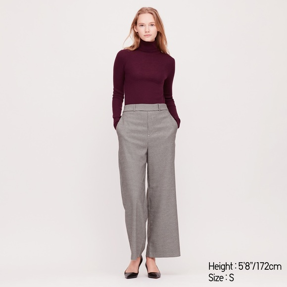 Uniqlo Extra Fine Merino Will Turtleneck